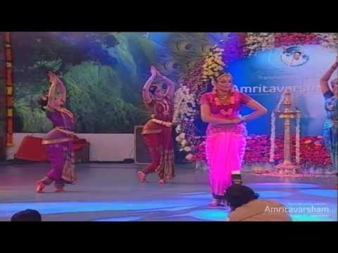 Ayigiri Nandini: Dance By Shobana  Amritavarsham 60 video