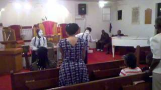 Daughters of Praise Mime- I Need Your Glory-James Fortune & William Murphy