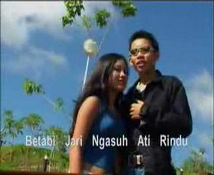 Dara Umbung - Ricky Andrewson video