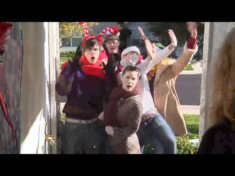 X-mas: Santa Gets Down Caroling Clip