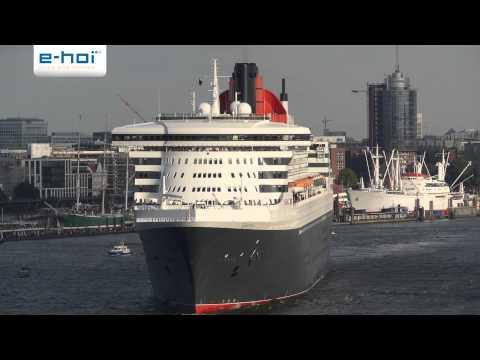 Ausfahrt der Queen Mary 2 aus dem Hamburger Hafen