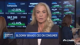 Bloomin' Brands CEO: The consumer is 'cautiously comfortable'