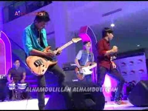 Download alhamdulilah versi dangdut koplo Mp4 baru