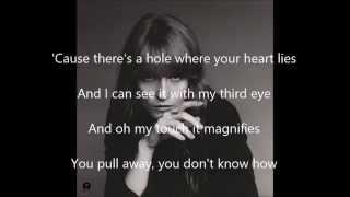 Download Lagu Third Eye by Florence +The Machine lyrics Gratis STAFABAND