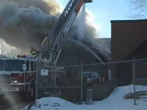 Hawkesbury_House_Fire_Feb_2010.wmv