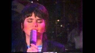 Linda Ronstadt - Hurt So Bad