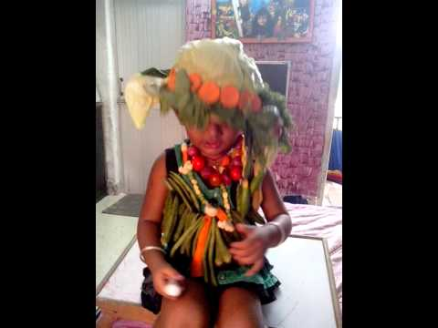 Fancy dress competition on vegetable by Bansi Bhan - YouTube