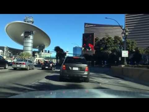 Driving the Las Vegas Str...