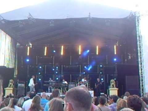 Roel van Velzen - Baby get higher @ Drakenbootfestival Apeldoorn 2010