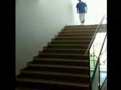 Escaleras - Bajando las escaleras con estilo