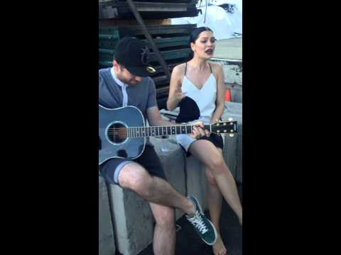 Jessie J - Singing Bang Bang Acoustic On Set Of The Bang Bang Video video