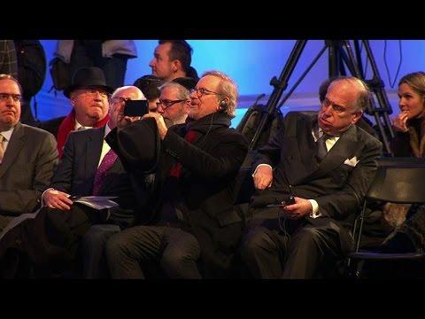 Director Spielberg joins Holocaust survivors at Auschwitz
