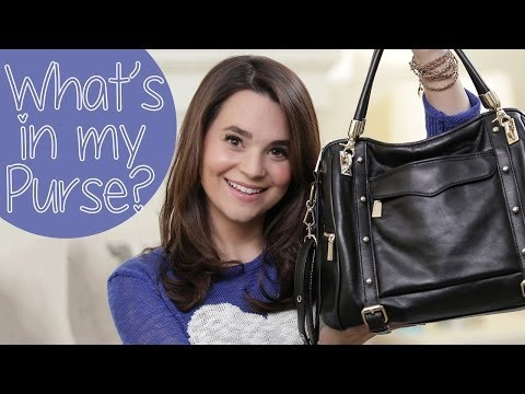 WHATS IN MY PURSE?!