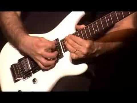 Joe Satriani - Surfing With The Alien ( live 2006 )