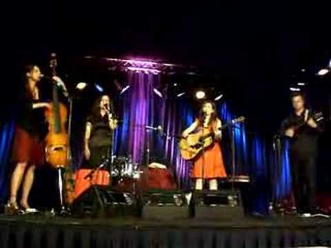 The Wailin' Jennys -- One Voice --mm3JY5qmQs
