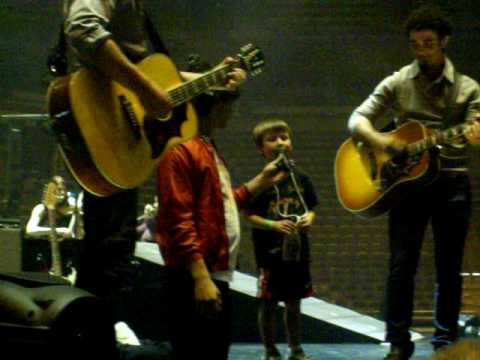 Jonas Brothers and Jeffrey Age 6 Bradley Center Sound Check Party Milwaukee, WI Video