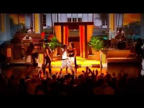 Nicki Minaj - High School feat. Lil Wayne (Live Billboard Music Awards 2013)