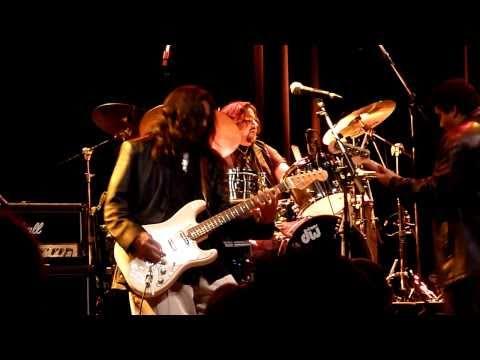 Los Lobos with Los Lonely Boys - La Bamba (Live in Copenhagen, April 28th, 2011)