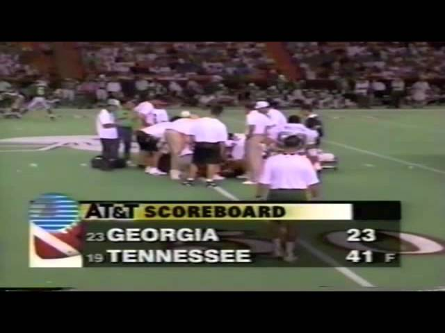 Oregon WR Kory Murphy suffers career-ending injury vs. Hawaii 9-10-1994