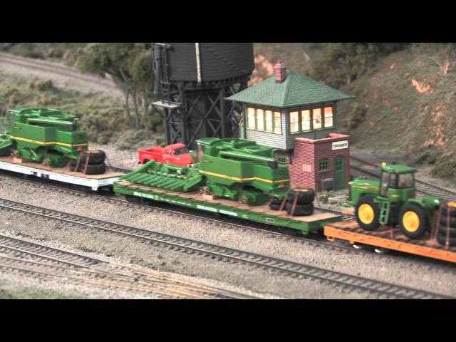 Ralphstrains Military and John Deere ho scale model train on the CB&W Model Railroad