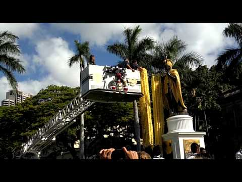 Lei Draping Ceremony for King Kamehameha Day 2012