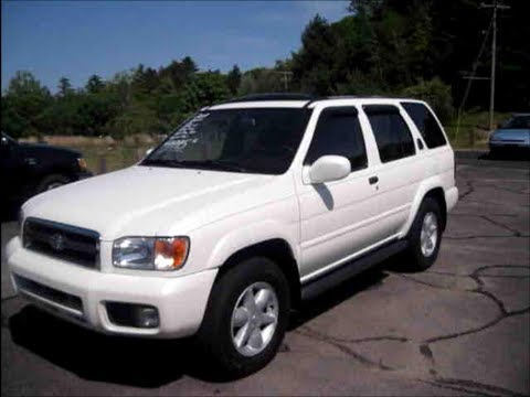 2001 Nissan Pathfinder LE Start Up, Engine & Review - YouTube
