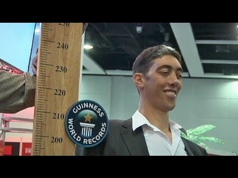The world's tallest man is big in Hong Kong - no comment