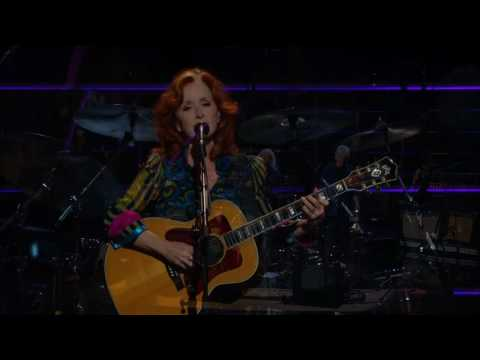 Bonnie Raitt w. Crosby, Stills and Nash - Love Has No Pride - Madison Square Garden - 2009/10/29 & 30