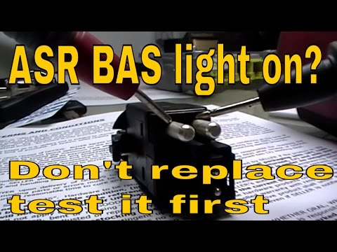 Mercedes E class Brake light switch test BAS . ASR.