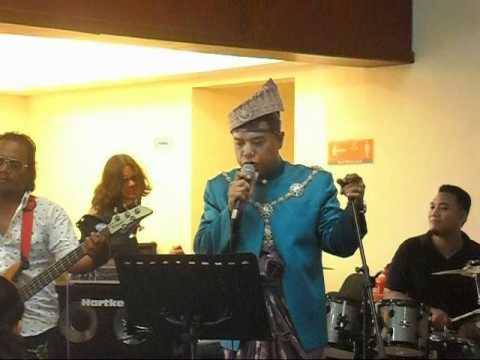Pengantin Shah Ziri Nyanyi Lagu 60an video