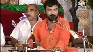 MOGAL CHEDTA KALO NAG KIRTIDAN GADHAVI(BHAD VAKIYA) 2.mp4
