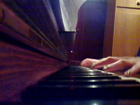 Pirates of the Caribbean-He's a pirate piano.mp4