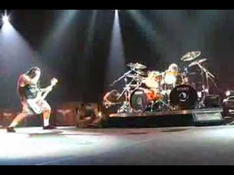 Metallica: Of Wolf and Man (MetOnTour - Edmonton,...