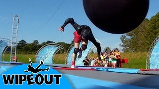 Not quite right 😅🤔 | Total Wipeout Official | Full Episode