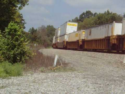 Norfolk Southern 215 rounds the S-Curve at McKinney,KY(Palm)