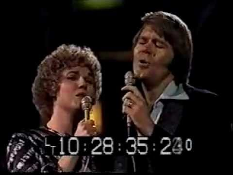 Anne Murray and Glen Campbell I Say A Little Prayer/By The Time I Get To Phoenix LIVE