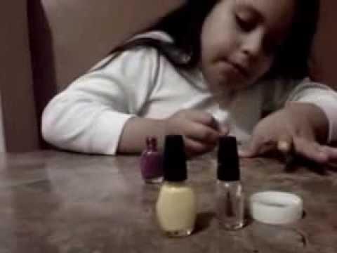 12 video como pintarse las u as de 2 colores super - Como pintarse las unas ...