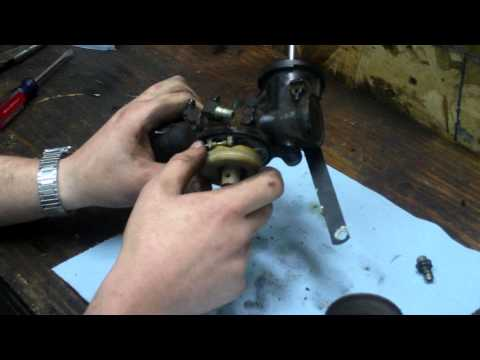 How to Clean / Rebuild Briggs and Stratton One Piece Flo-Jet Carburetor