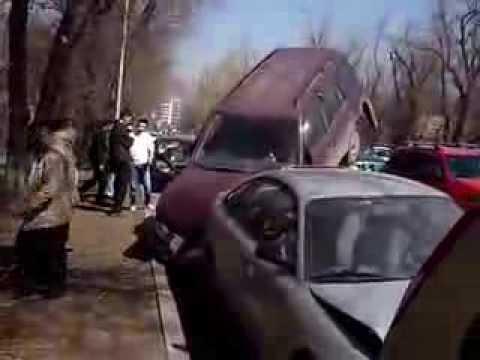 Парковка автомашин по- казахстански !