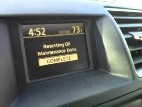 How to reset the maintenance oil light on a 2011 Toyota Highlander Limited