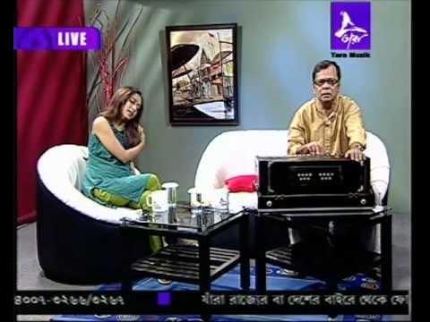 Suranjan Roy - Rabindrasangeet:  Khelaghar bandhte legechhi....