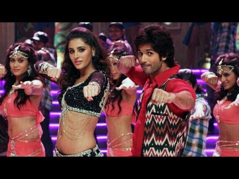 Phata Poster Nikhla Hero song Dhating naach