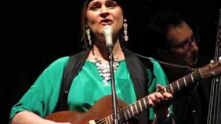 Watch Madeleine Peyroux La Javanaise video