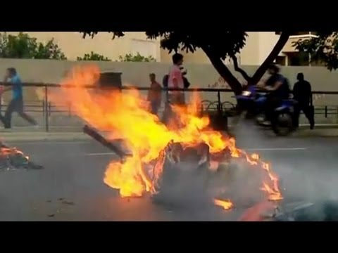 Venezuela Election Clashes - April 15, 2013 (raw footage)