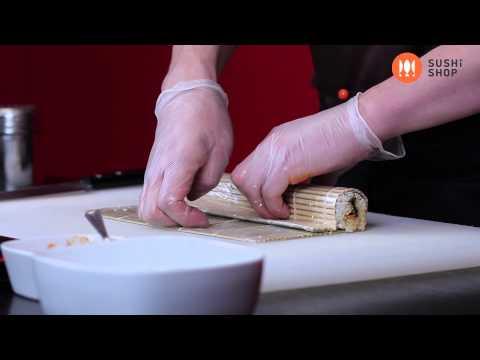 Как приготовить вегететарианский ролл. Суши Шоп. / How to make vegetarian sushi.