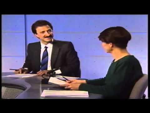 Recordamos a los primeros presentadores y redactores de Teledía, el primer informativo de la noche de Canal Sur Televisión. Paco Lobatón (presentador y director) presenta el paso sobre el...