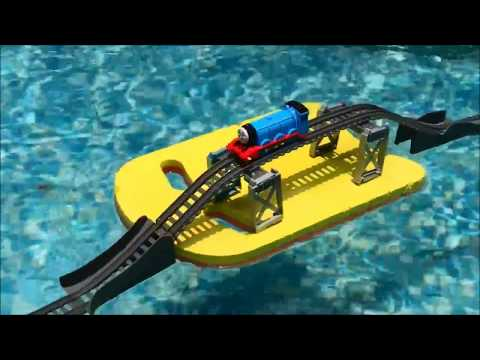 Thomas and Friends Accidents Will Happen Underwater! Sky High Bridge Jump At The Pool. Its Playtime!