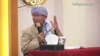 K.H Abdullah Gym Nastiar (AA GYM) - cukup allah yang ada di dalam hati kita