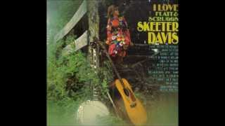 Watch Skeeter Davis Cabin On The Hill video