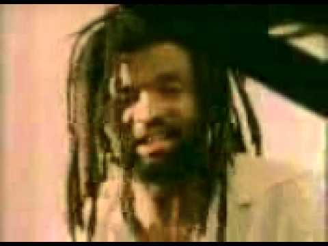 Lucky Dube,mama video